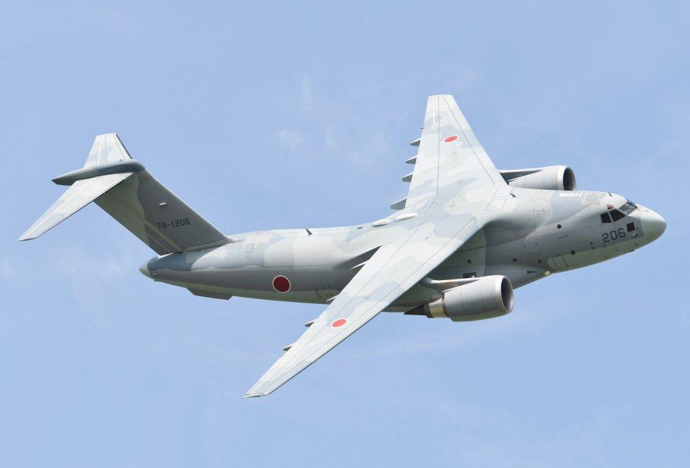 JASDF_C-2_fly_over_at_Miho_Air_Base.jpg