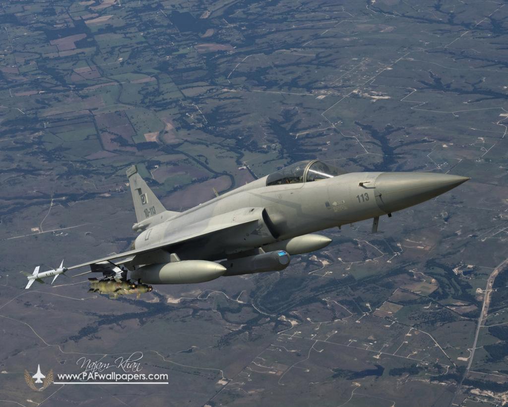 jf-17_thunder_wmd_7_electro_optic_targeting_pod_loaded.jpg