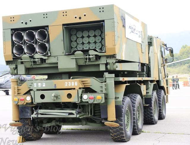 K-MLRS_multi-caliber_Multiple_Launch_Rocket_System_130_227_230mm_South_Korea_Korean_army_002.jpg