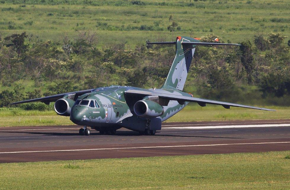 KC-390_1.jpg