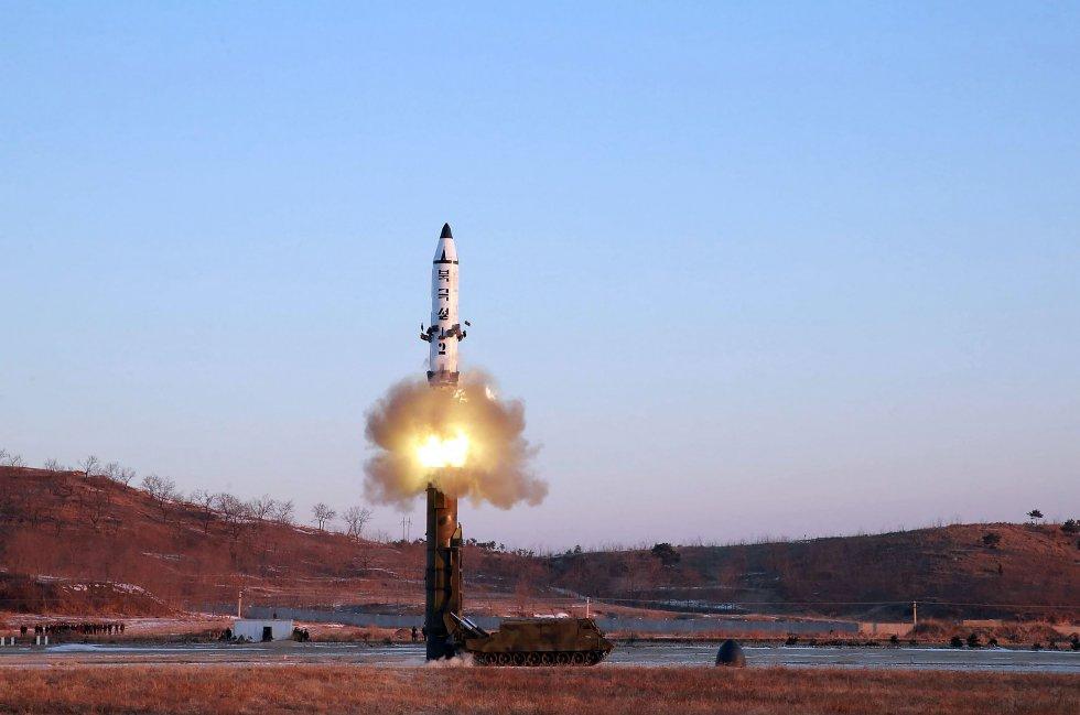la-coree-du-nord-tire-un-nouveau-missile-test.jpg