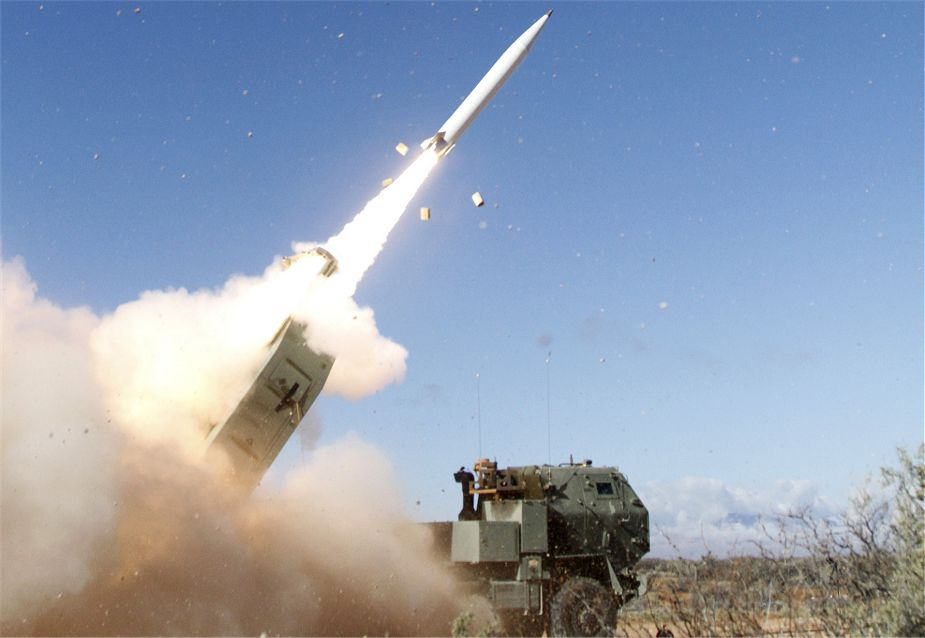 Lockheed_Martin_successfully_test-fires_Precision_Strike_Missile_PrSM_from_M142_HIMARS_925_001.jpg