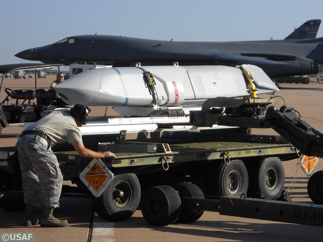 LRASM_Long_Range_Anti_Ship_Missile_OASUW_1_Lockheed_Martin_DARPA_US_Navy_008.JPG
