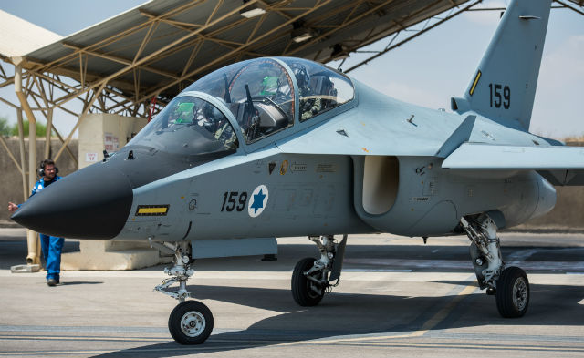 m-346-lavi-israeli-air-force_70564.jpg