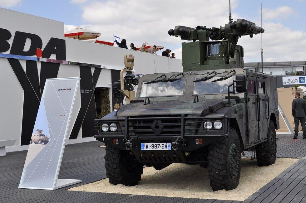 MBDA_Multi_Purpose_Combat_Vehicule_at_Paris_Air_Show_2015.jpg