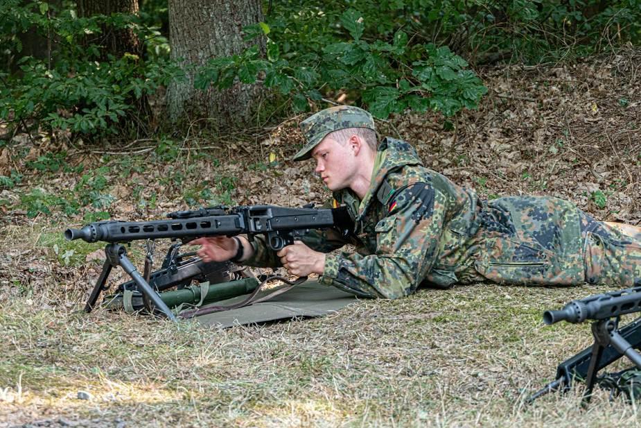 MG5_7.62_machine_gun_is_the_successor_of_MG3_in_the_Germa_army_925_002.jpg