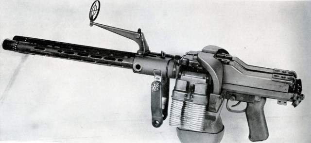 MG81-zwilling-by-Mauser015-1024x473.jpg