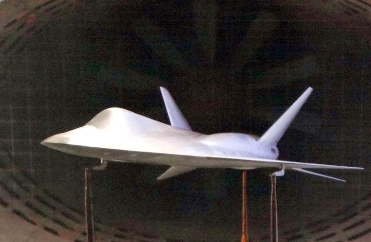 MiG-LMFS-wind-tunnel-model.jpg