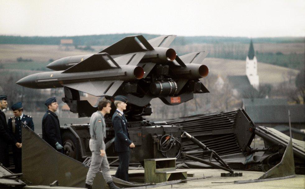 MIM-23_Hawk_Luftwaffe_1981.JPEG