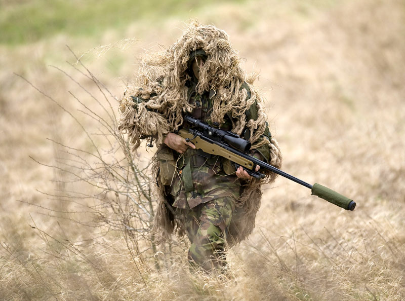 ORD_L115A3_and_Sniper_Ghillie_lg.jpg