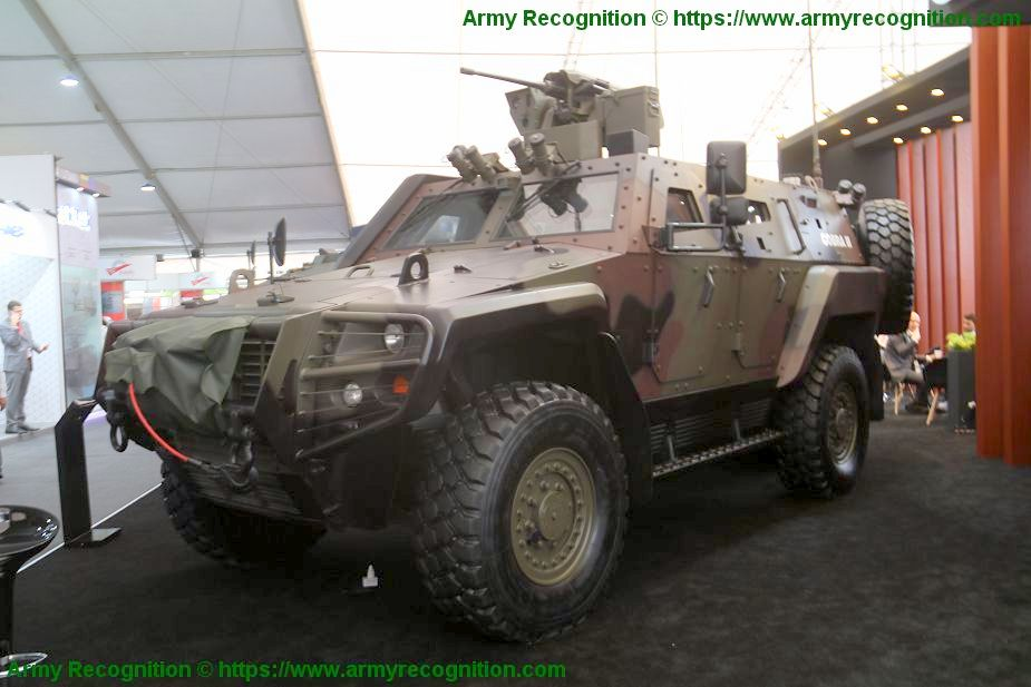 OTOKAR_showcases_Cobra_2_and_Arma_8x8_armored_vehicles_SITDEF_2019_Lima_Peu_925_001_2_2.jpg