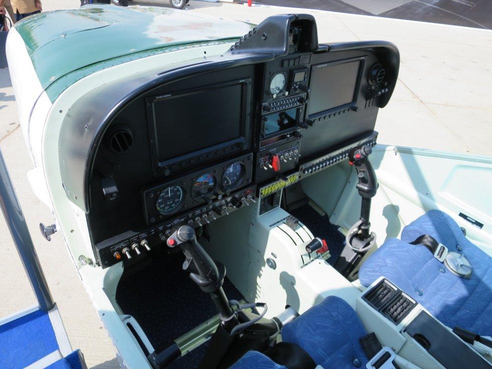 PAC_Super_Mushshak_cockpit.jpg