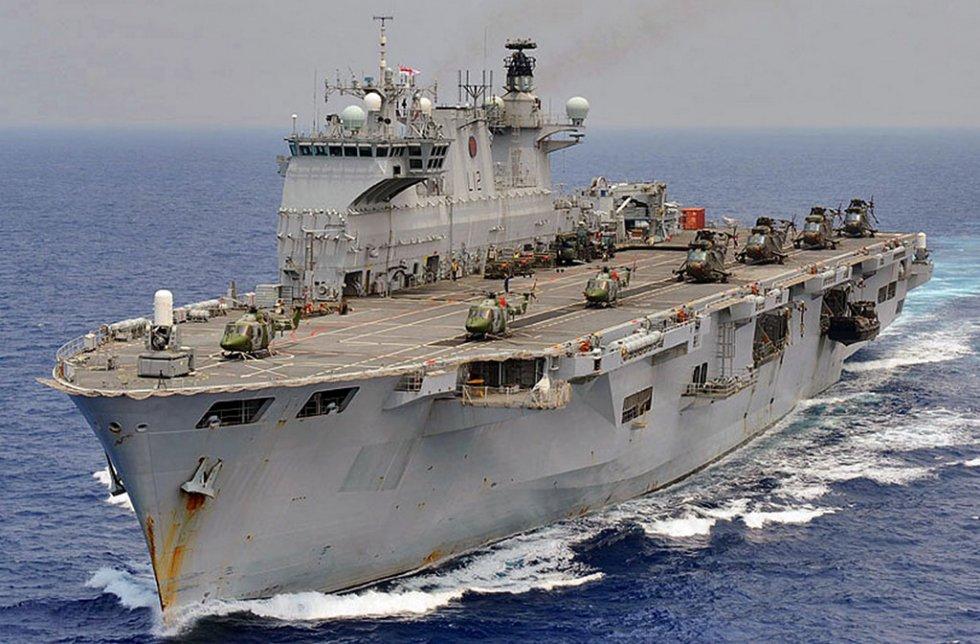 porta-helicópteros-de-múltiplo-emprego-PHM-A-140-Atlântico.jpg