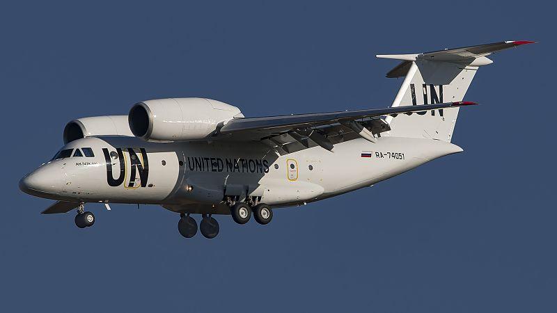 RA-74051_AN72(74TK-100)_UTair_Cargo_-_United_Nations_livery_VKO_UUWW_1_(33619839673).jpg
