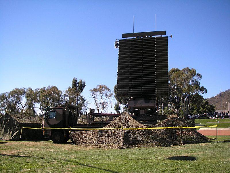 RAAF_AN-FPS-117_radar_in_2007.jpg