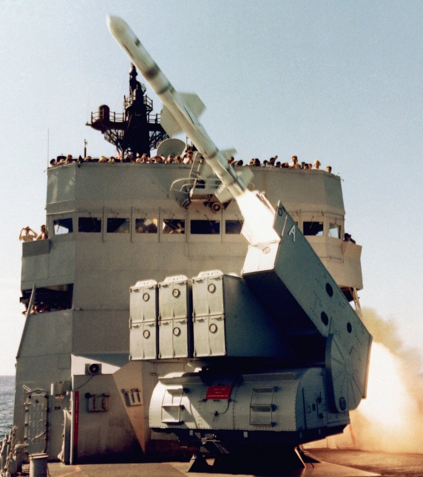 RGM-84-Harpoon-002.jpg