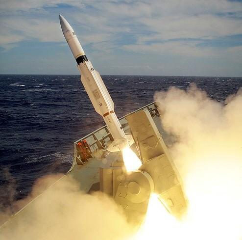 RIM-66-Standard-Missile-003.jpg