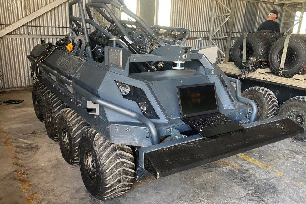 robotics-hub-trail-blazes-for-british-army-s-experimentation-battlegroup-2.jpeg