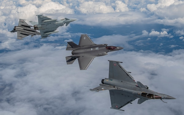 royal-air-force-join-french-and-us-air-forces-in-exercise-atlantic-trident-2.jpg
