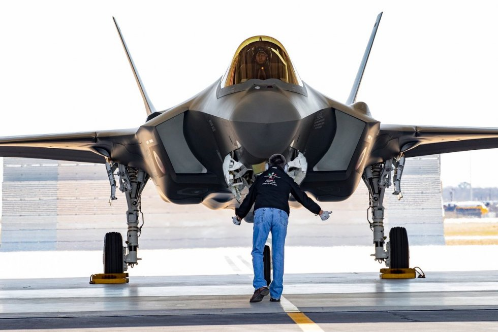 royal-danish-air-force-to-receive-first-f-35-fighter-jet.jpg