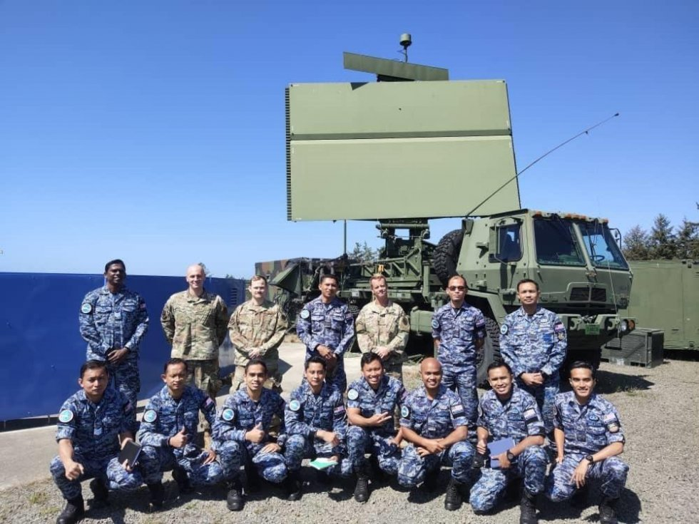 royal-malaysia-air-force-trains-on-radar-operations-at-us-air-force-western-air-defense-sector.jpg