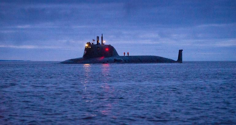 Russia's-Kazan-nuclear-powered-attack-submarine-holds-torpedo-live-firing-in-White-Sea-770x410.jpg