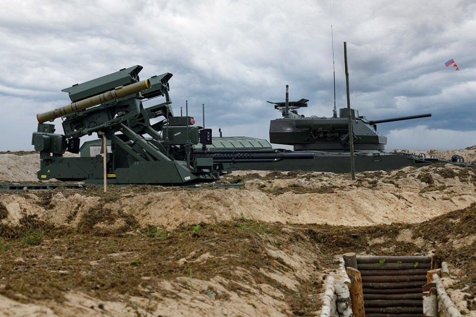 russia-demonstrates-uran-9-and-nerekhta-unmanned-ground-vehicles-at-zapad-2021-drills.jpg