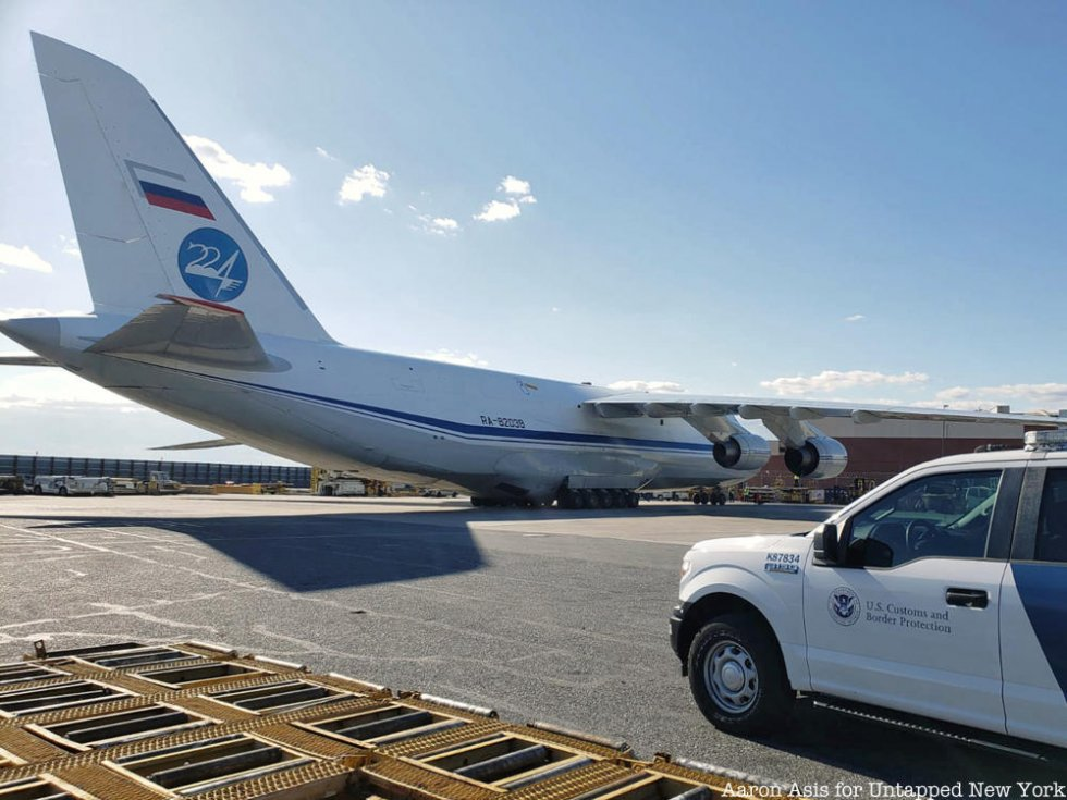 Russia-Military-Transport-Plane-Russian-Antonov-An-124-100-Coronavirus-Medical-Supplies-JFK-Ai...jpg