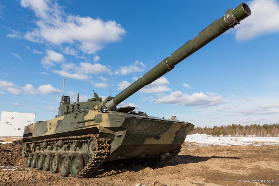 russian-sprut-sdm1-light-tank-passes-amphibious-tests-in-black-sea.jpg