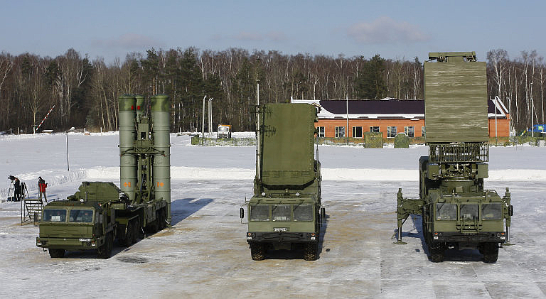 S-400-Battery-Components-Missiles.ru-2S.jpg