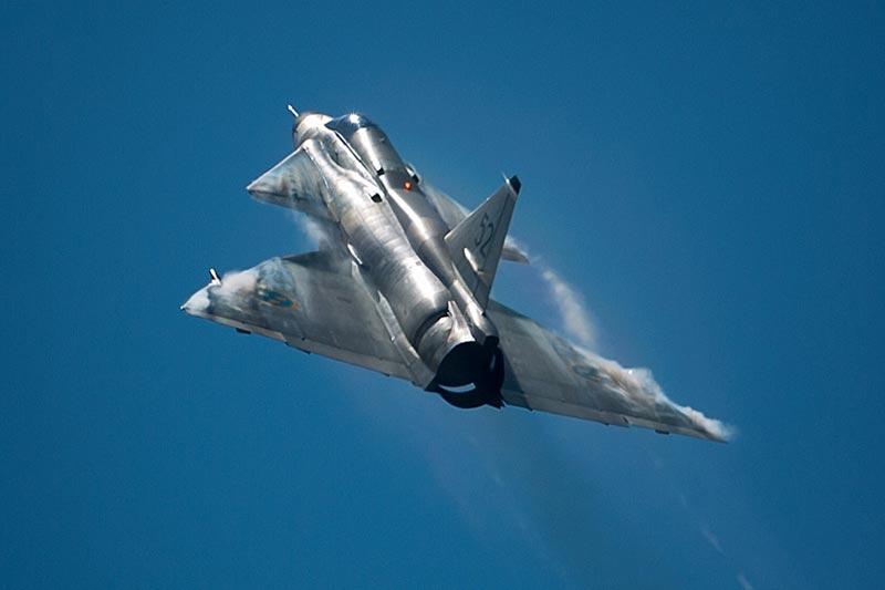 saab-ajs-37-viggen_c_-swedish-air-force-historic-flight_01.jpg