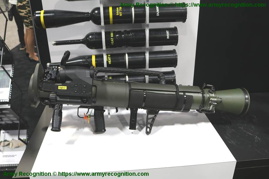 SAAB_signs_contract_with_US_Army_for_M3E1_man-portable_shoulder-fired_weapon_925_001.jpg
