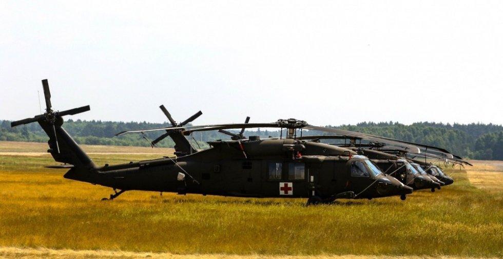 sikorsky-hh-60m-black-hawk-medevac-helicopter.jpg