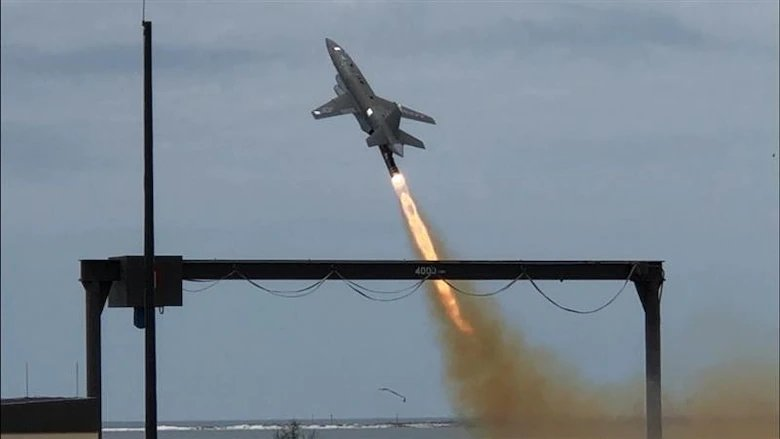 Skyborg_autonomous_drone_prototype_successfully_first_flight.jpg