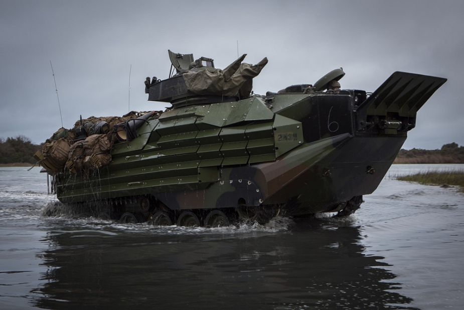 Spain_could_purchase_eight_AAVP-7A1_Amphibious_Armored_Vehicles_from_US_925_001.jpg