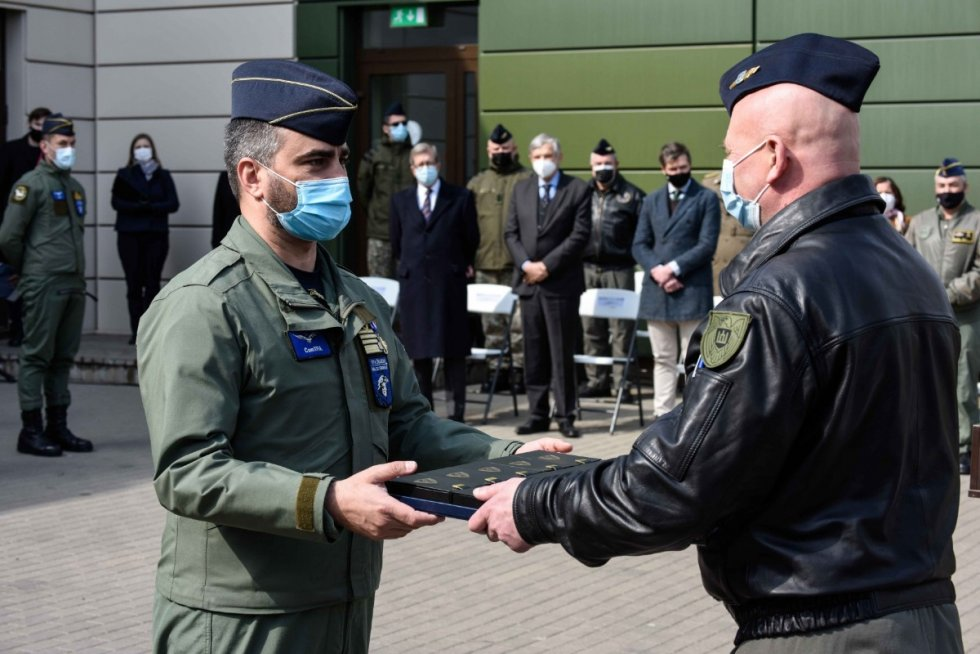 spanish-air-force-takes-lead-from-italian-air-force-for-nato-baltic-air-policing-1.jpg