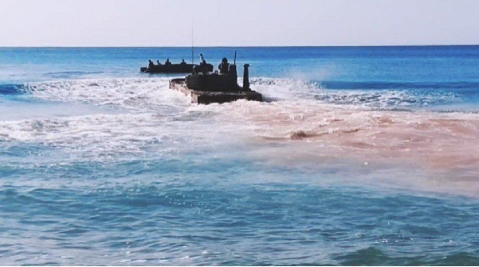 sprut-sdm1-amphibious-light-tank-to-undergo-firing-trials-on-the-black-sea-2.jpg