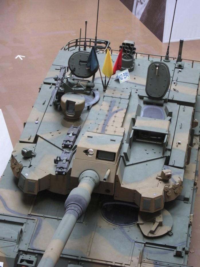 tank-k2-chernaya-pantera-08.jpg
