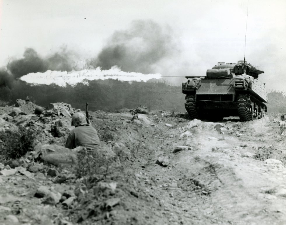 tank-Sherman-flame-thrower-strongpoint-Mark-I.jpg