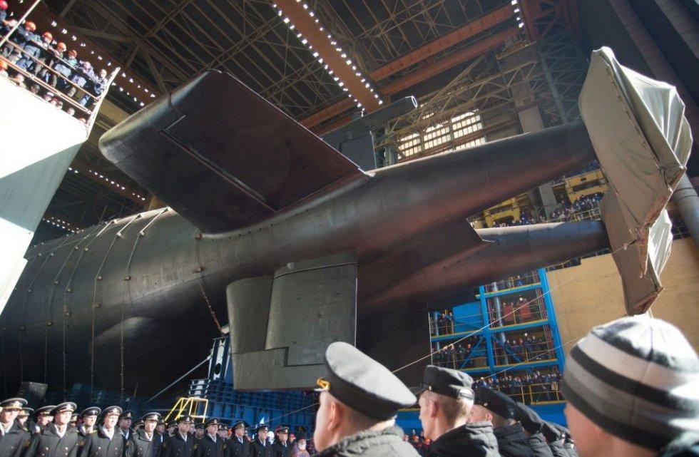 the-belgorod-nuclear-powered-submarine-that-carries-news-photo-1138920942-1556048000.jpg