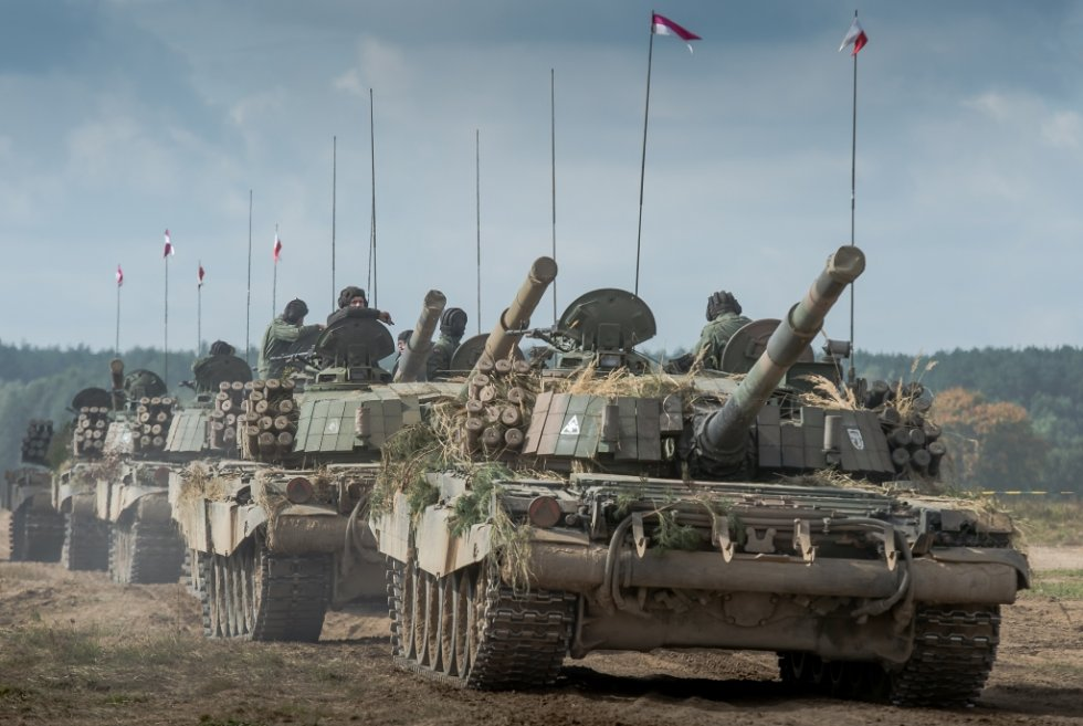 The-Polish-Army's-units-are-grouped-into-three-divisions-composed-of-ten-General-Service-briga...jpg