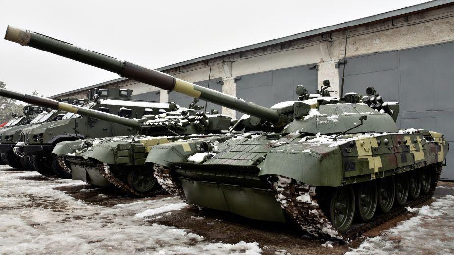 Top_15_most_modern_main_battle_tanks_MBTs_in_the_world_T-72K_Ukraine_925_001.jpg