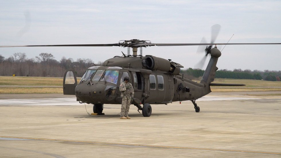 UH-60V-Black-Hawk-Helicopter-First-Flight.jpg