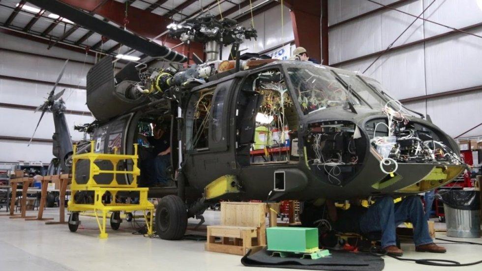 us-army-uh-60v-victor-model.jpg