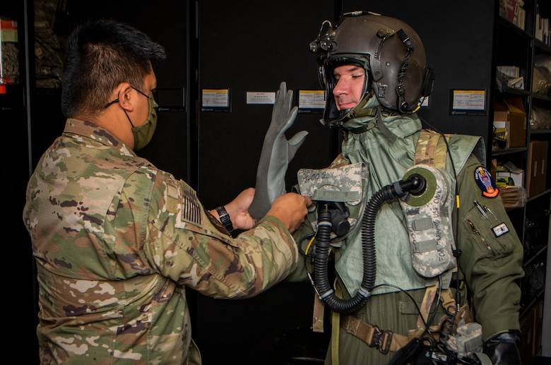 us-department-of-defense-tests-cbrn-aircrew-protective-suit-upgrade-at-nellis-air-force-base-1.jpg