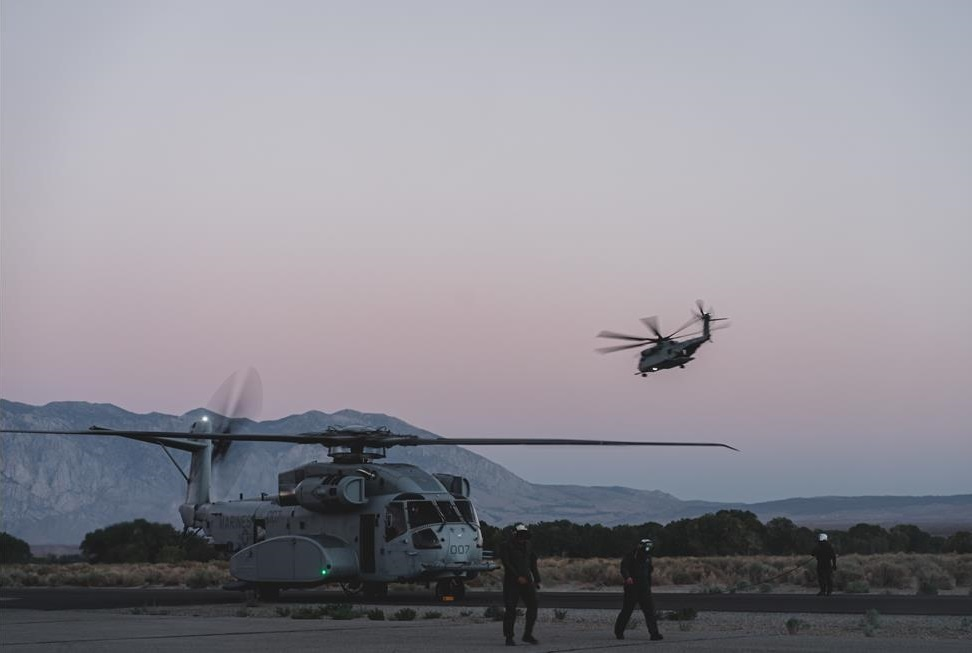 us-marine-corps-ch-53k-king-stallion-helicopter-logs-first-successful-fleet-mission-3.jpg
