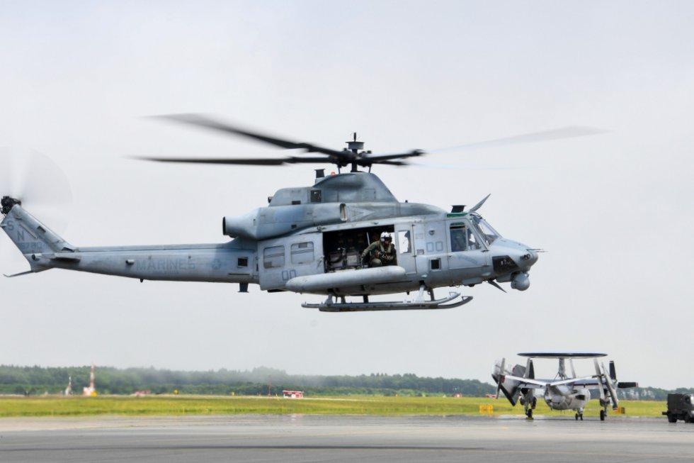 us-marine-light-attack-helicopter-squadron-169-long-range-self-deployment-1.jpg