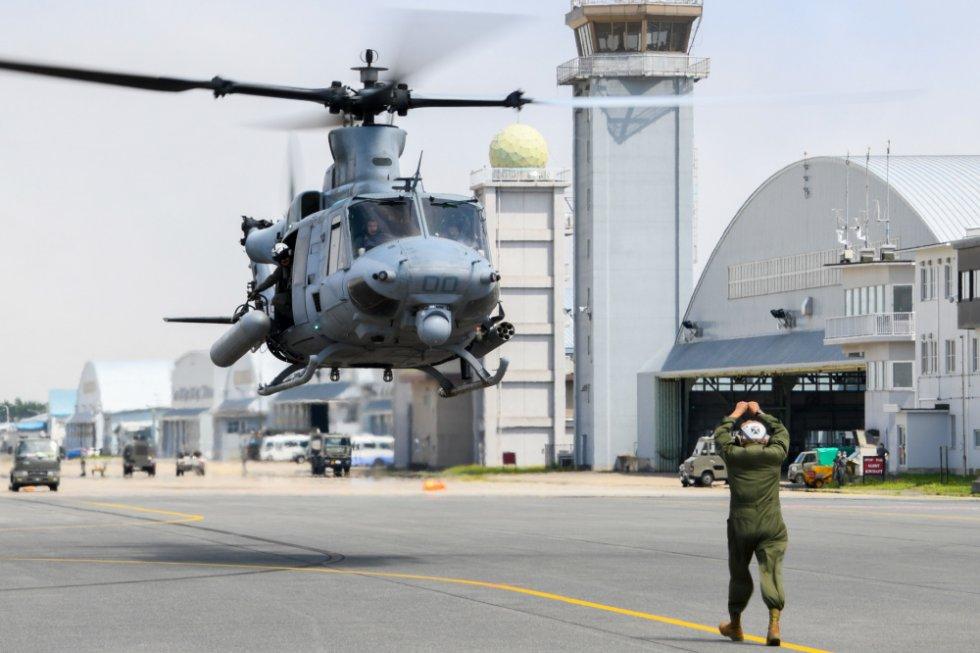 us-marine-light-attack-helicopter-squadron-169-long-range-self-deployment-3.jpg