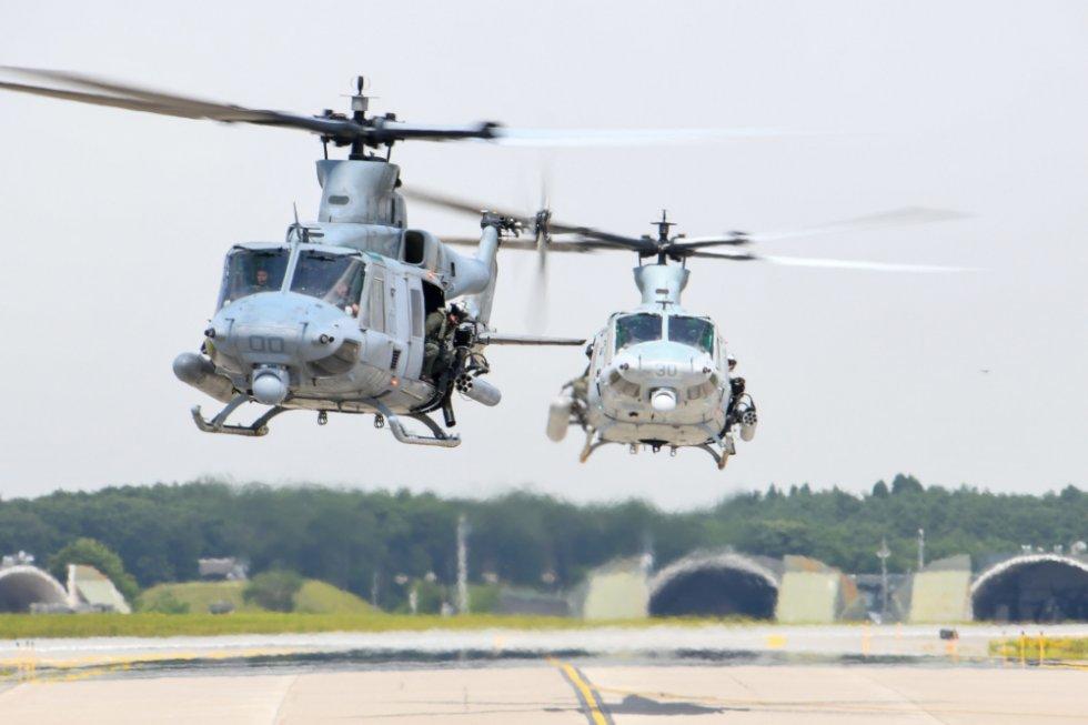 us-marine-light-attack-helicopter-squadron-169-long-range-self-deployment.jpg