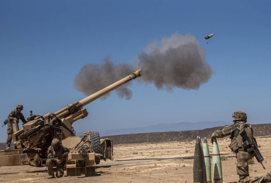 US_and_French_forces_conduct_joint_artillery_training_in_Djibouti_1.jpg
